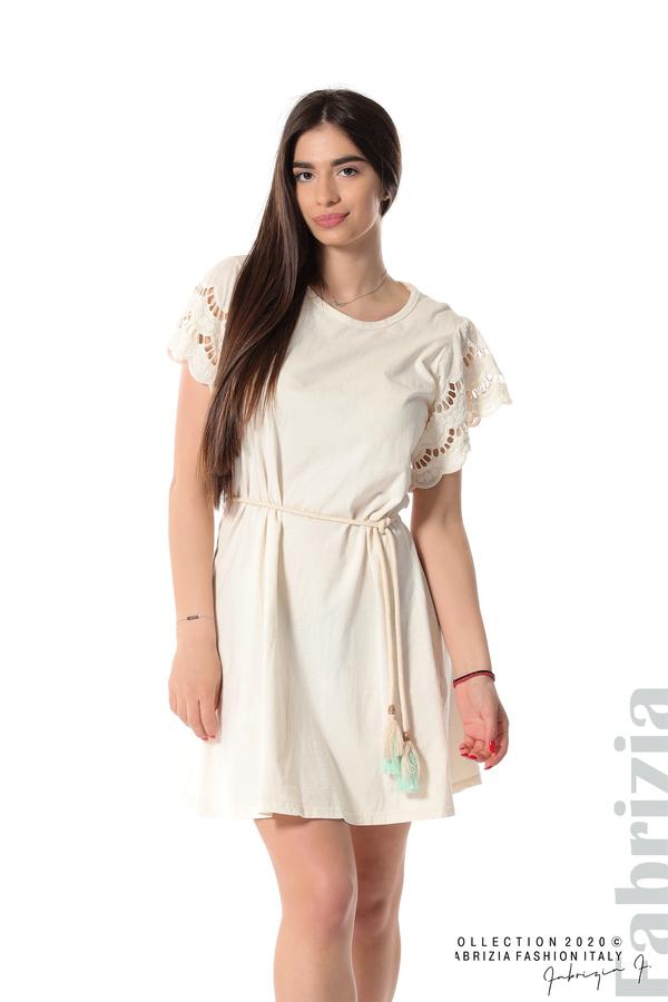 Къса рокля с колан и ефектни ръкави екрю 1 fabrizia