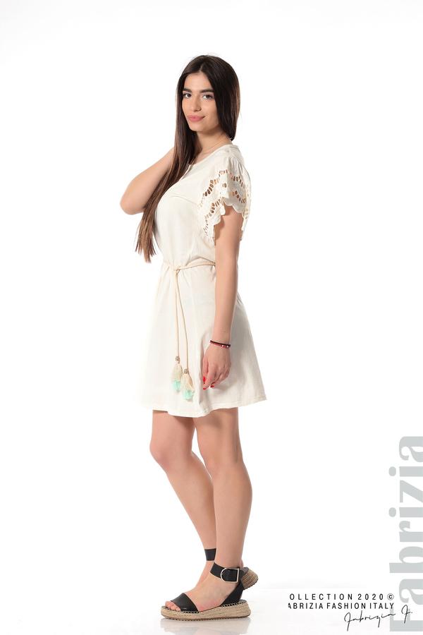 Къса рокля с колан и ефектни ръкави екрю 4 fabrizia