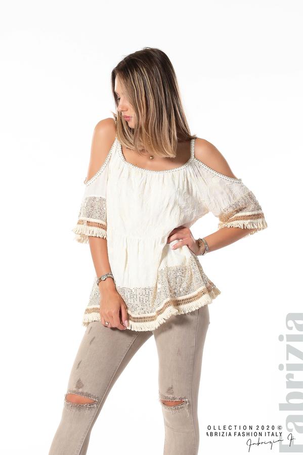 Блуза с изрязани рамене и пайети бежов 2 fabrizia