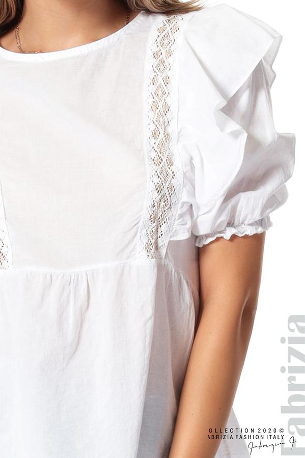 Блуза с дантелени елементи и волани бял 3 fabrizia