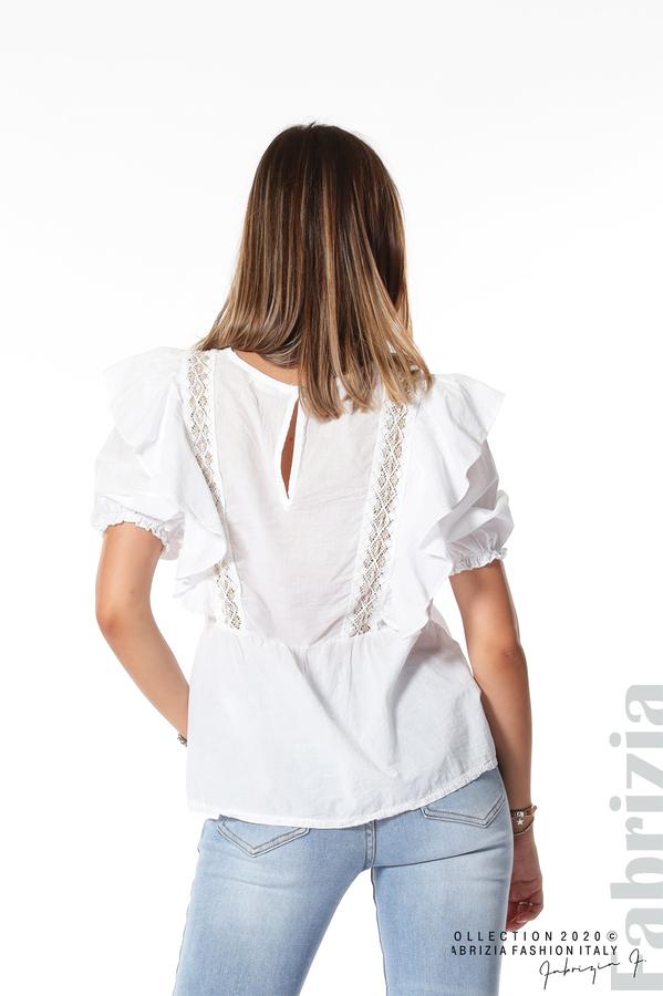 Блуза с дантелени елементи и волани бял 5 fabrizia