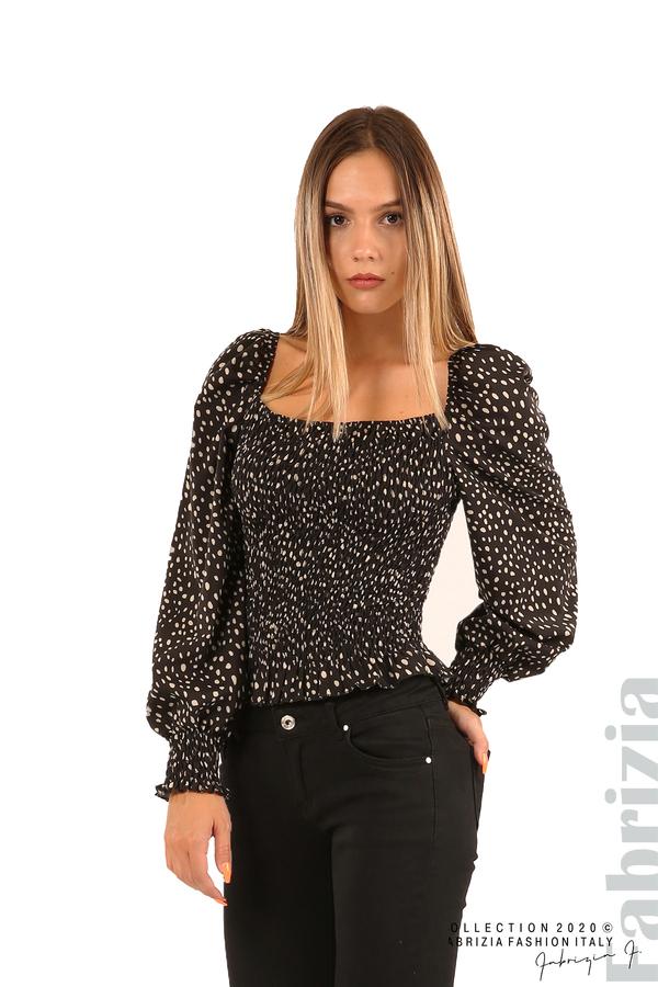 Ластична блуза на точки-черен-1