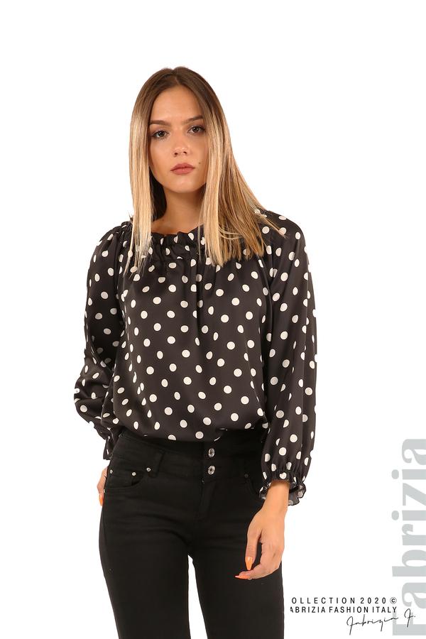 Широка блуза с ластик на деколтето-черен-1