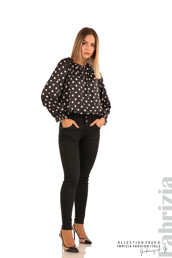 Широка блуза с ластик на деколтето-черен-3