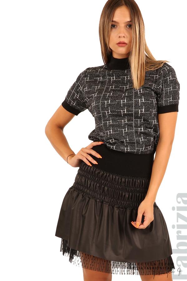 Къса ластична пола с нежна дантела-черен-1