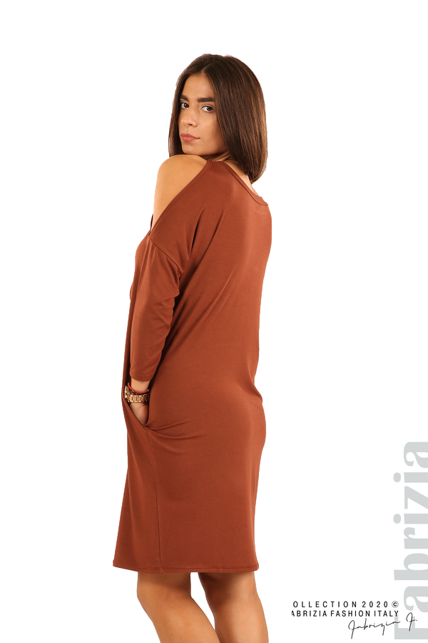 Трикотажна рокля с джобове и аксесоар-кафяв-4