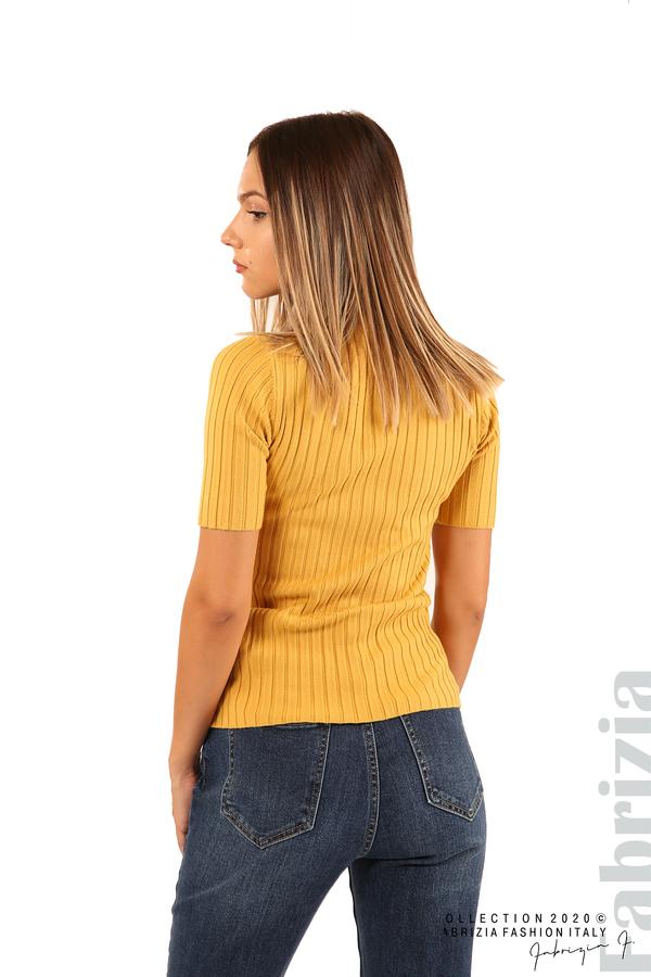 Блуза с орнамент и къси ръкави-охра-5