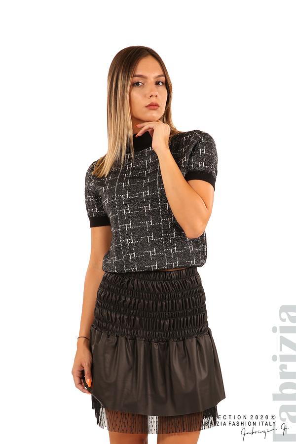 Блуза с фигурални елементи и ламе-черен-1