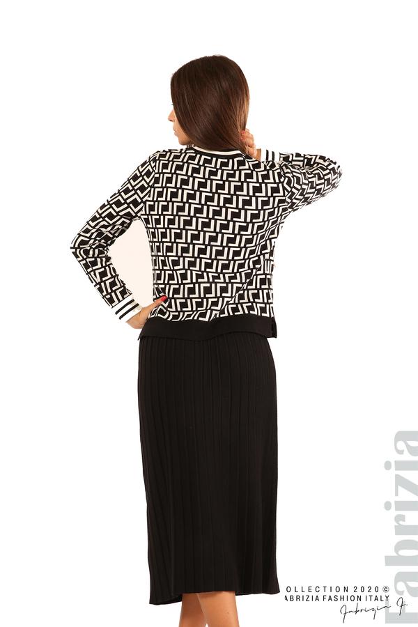 Комплект от фигурална блуза и плисирана пола-черен/бял-5