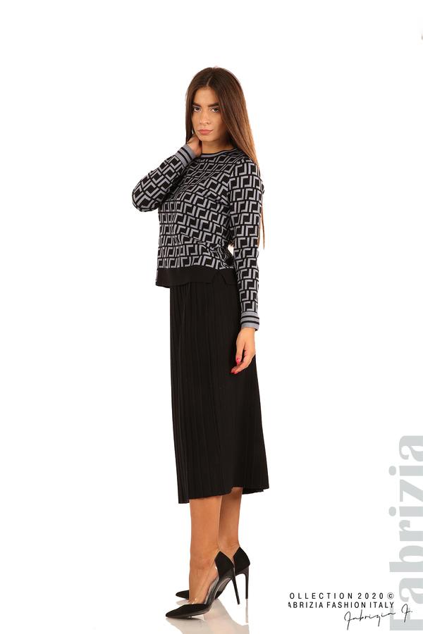 Комплект от фигурална блуза и плисирана пола-черен/св.син-5