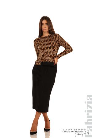 Комплект плисирана пола и фигурална блуза