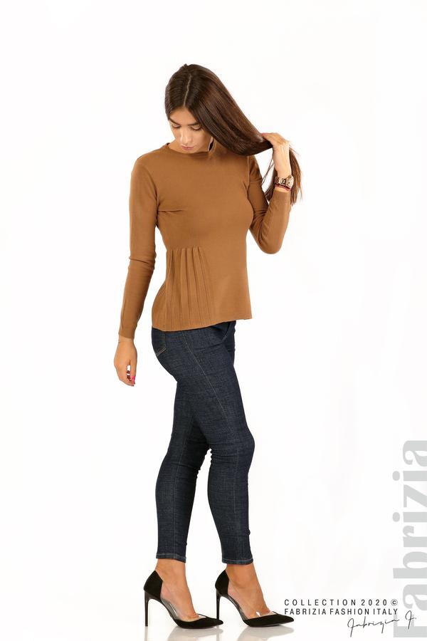 Блуза със странично плисе кафяв 3 fabrizia