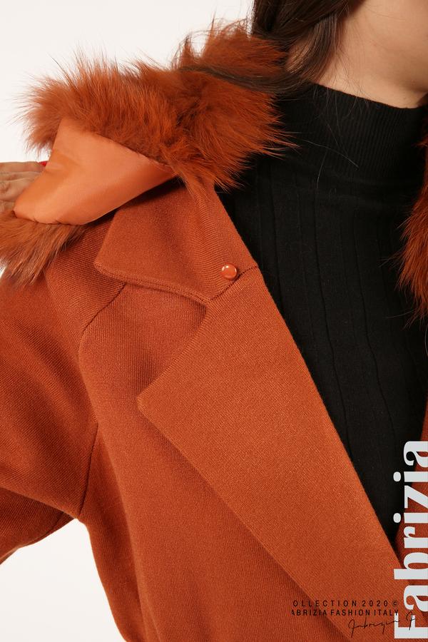 Дълго палто с кожена яка керемида 7 fabrizia