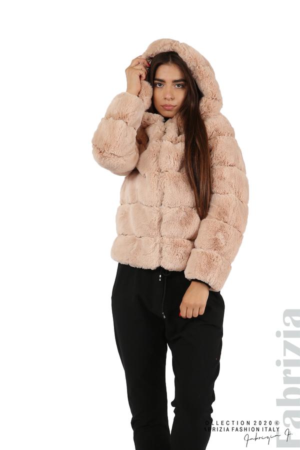 Късо палто от пух с качулка пудра 1 fabrizia
