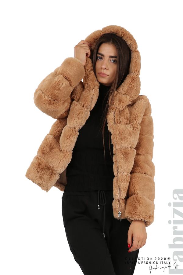 Късо палто от пух с качулка камел 4 fabrizia