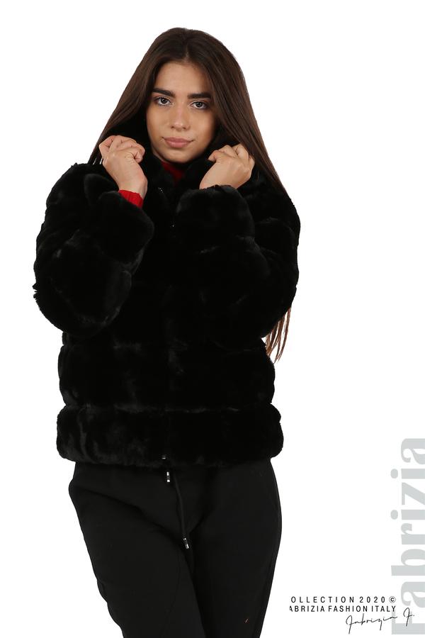 Късо палто от пух с качулка черен 2 fabrizia