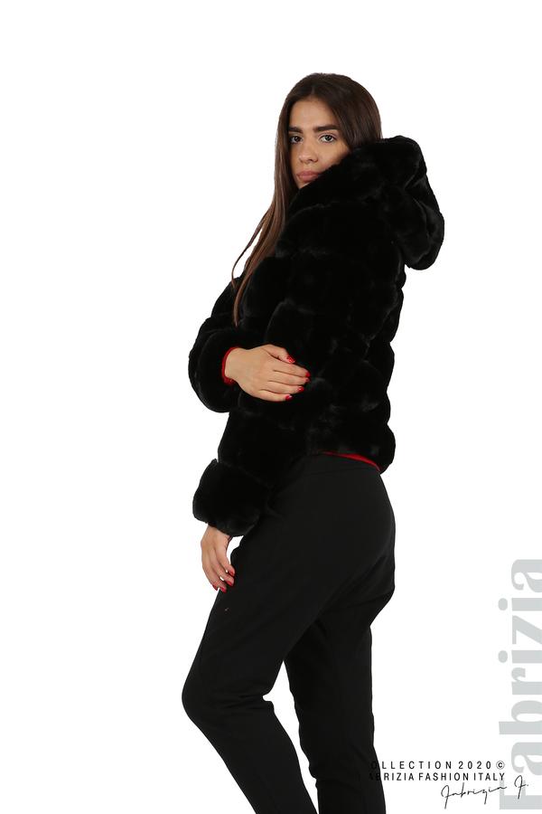Късо палто от пух с качулка черен 4 fabrizia