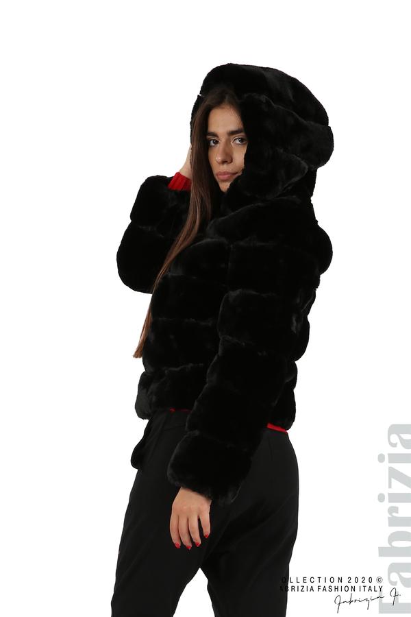 Късо палто от пух с качулка черен 6 fabrizia