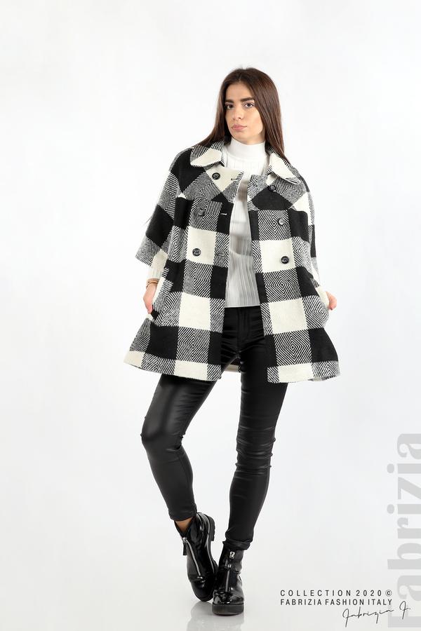 Палто с двуредно закопчаване и 3/4 ръкави черен/екрю 3 fabrizia
