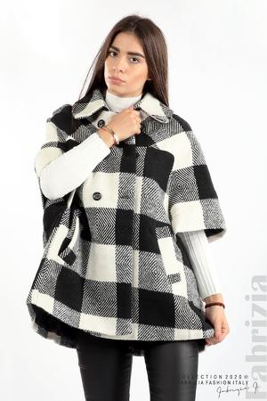 Палто с двуредно закопчаване и 3/4 ръкави
