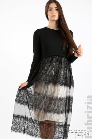 Дълга рокля фино плетиво и дантела