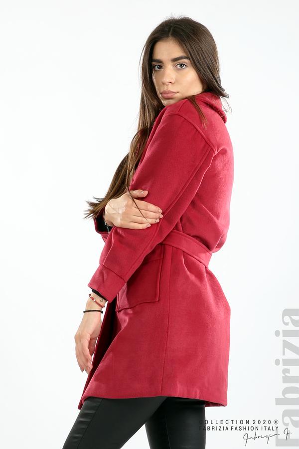 Късо палто с големи джобове и колан малина 6 fabrizia