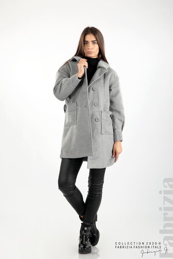 Късо палто с големи джобове и колан сив 3 fabrizia