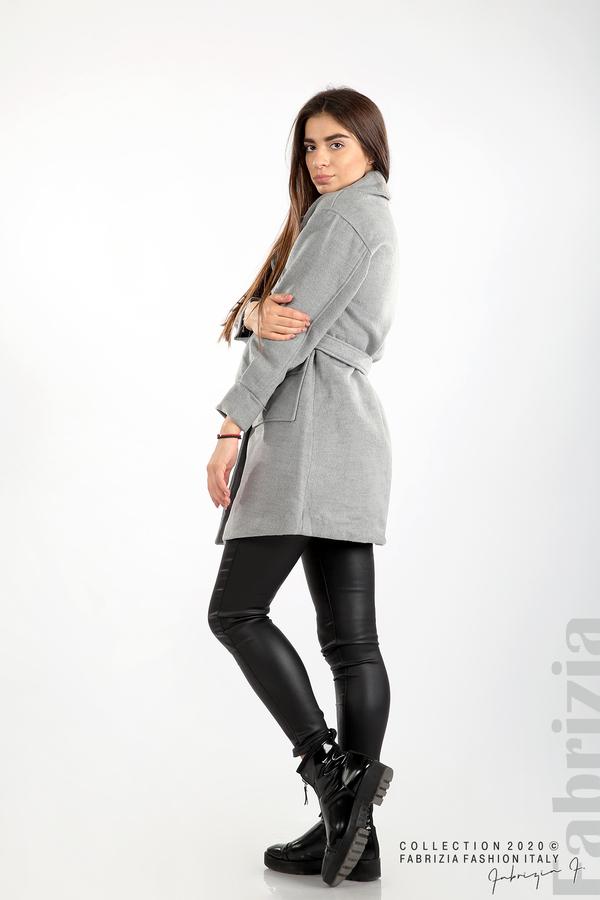 Късо палто с големи джобове и колан сив 6 fabrizia