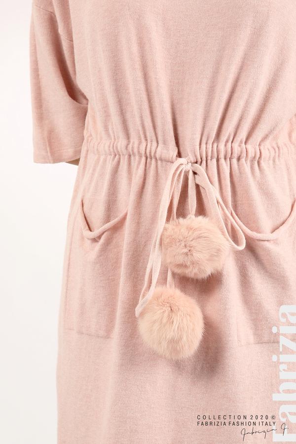 Трикотажна рокля с пристягане на талията розов 2 fabrizia