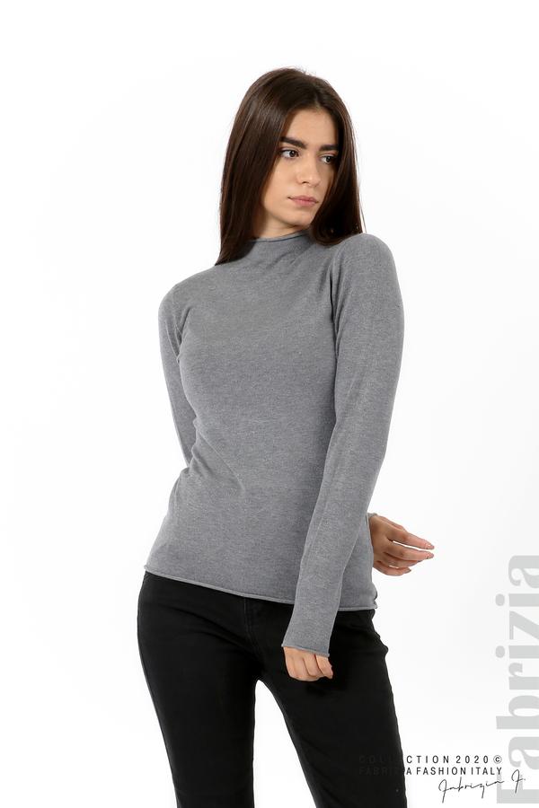 Изчистена блуза с ниска поло яка сив 1 fabrizia