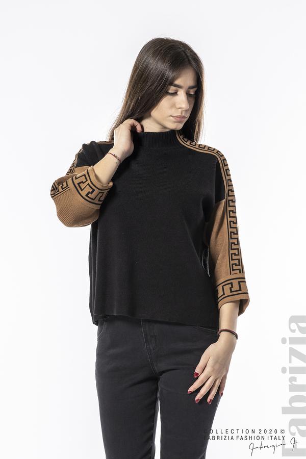 Блуза с контрастен ръкав и кант черен 1 fabrizia