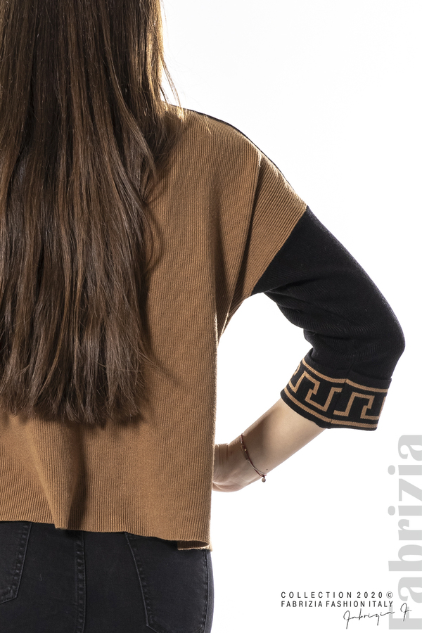 Блуза с контрастен ръкав и кант кафяв 2 fabrizia