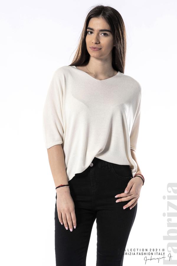 Едноцветна блуза фино плетиво бежов 2 fabrizia