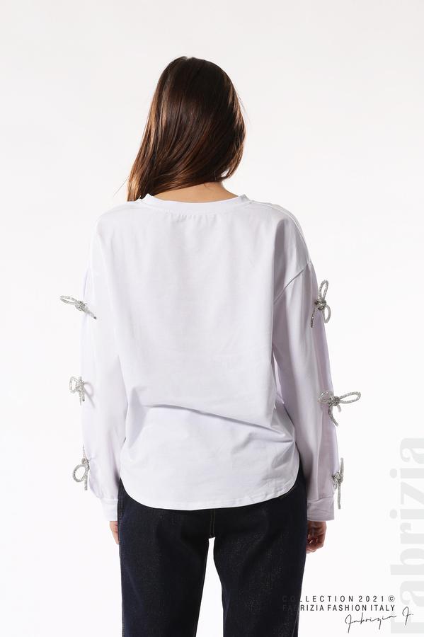 Блуза с брошки-панделки на ръкавите бял 7 fabrizia