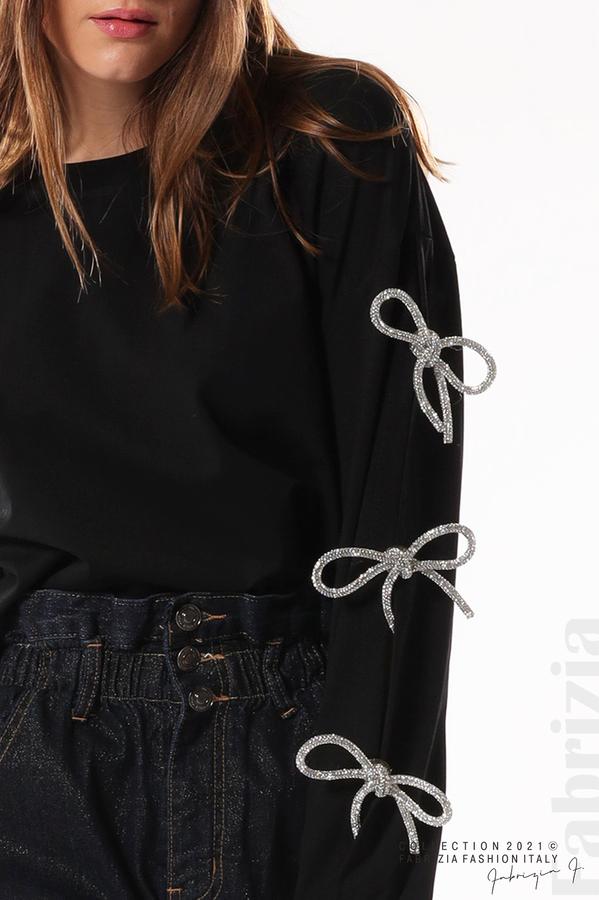Блуза с брошки-панделки на ръкавите черен 2 fabrizia