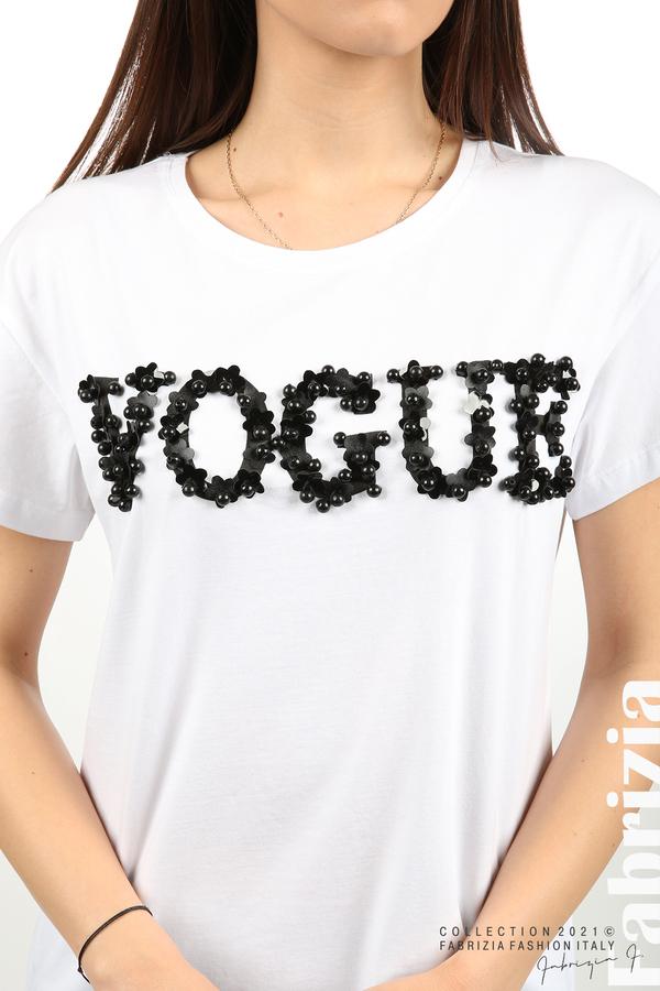 Едноцветна блуза с надпис Vogue бял 2 fabrizia
