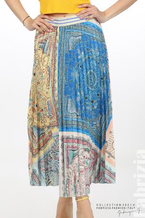 Многоцверна фигурална пола