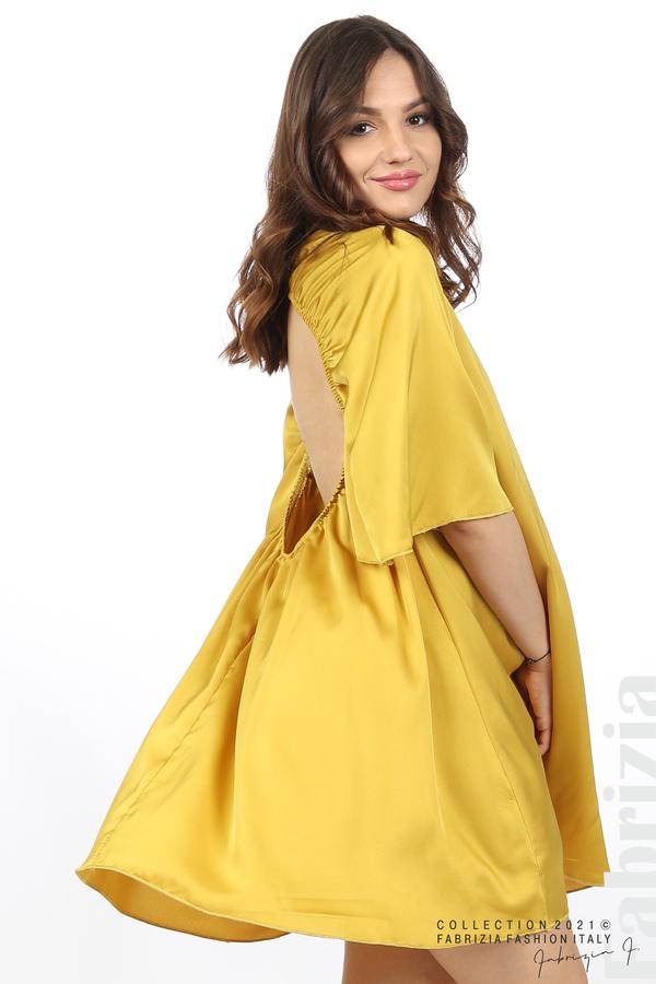 Сатенирана рокля с гол гръб горчица 1 fabrizia