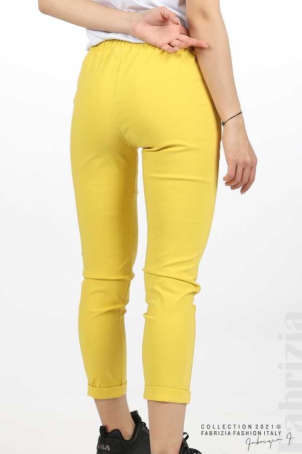 Едноцветен панталон с ластична талия жълт 6 fabrizia