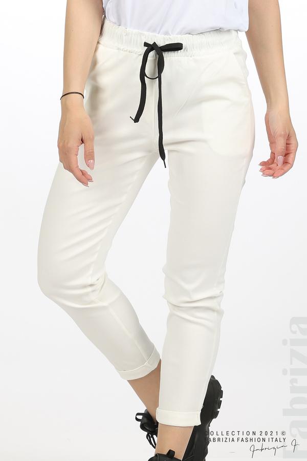 Едноцветен панталон с ластична талия екрю 2 fabrizia