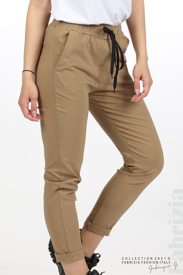 Едноцветен панталон с ластична талия капучино 5 fabrizia
