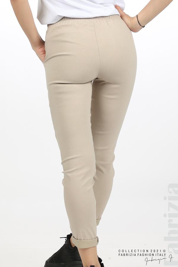Едноцветен панталон с ластична талия бежов 7 fabrizia