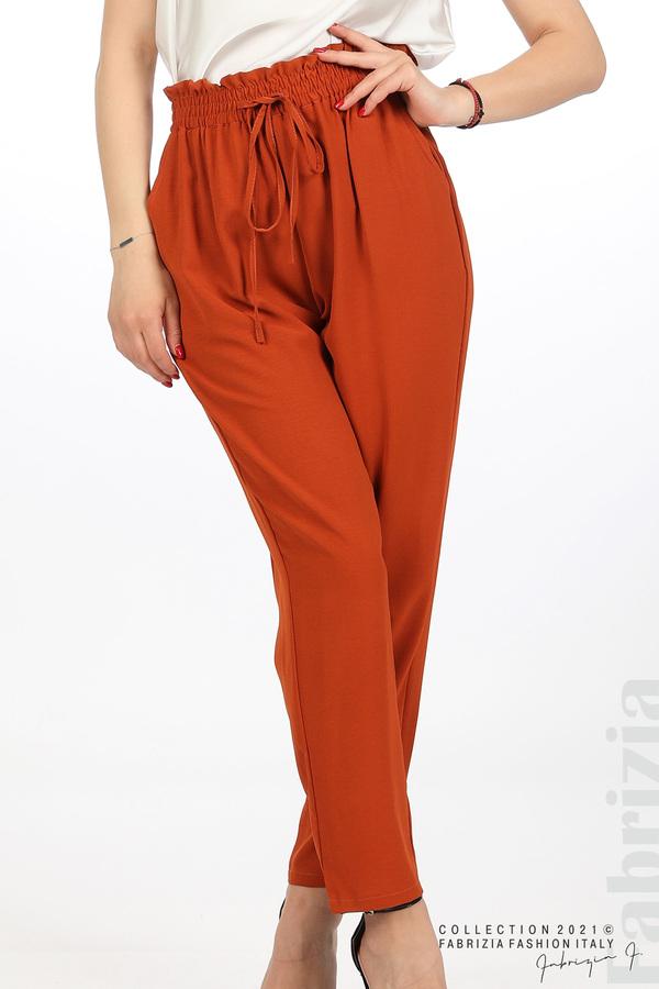 Едноцветен панталон с ластична талия керемида 4 fabrizia