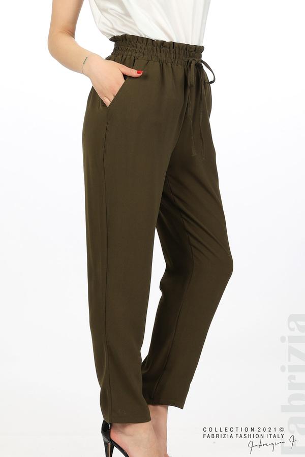 Едноцветен панталон с ластична талия каки 2 fabrizia