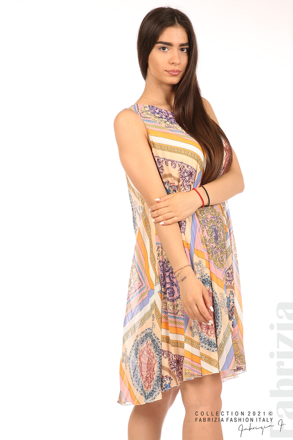 Многоцветна фигурална рокля солей бежов/розов 3 fabrizia