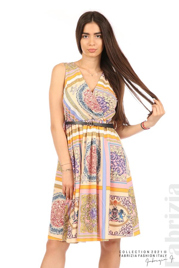 Фигурална многоцветна рокля с колан бежов/розов 4 fabrizia