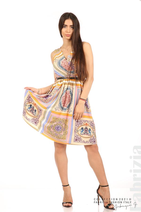 Фигурална многоцветна рокля с колан бежов/розов 1 fabrizia