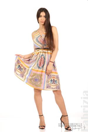 Фигурална многоцветна рокля с колан