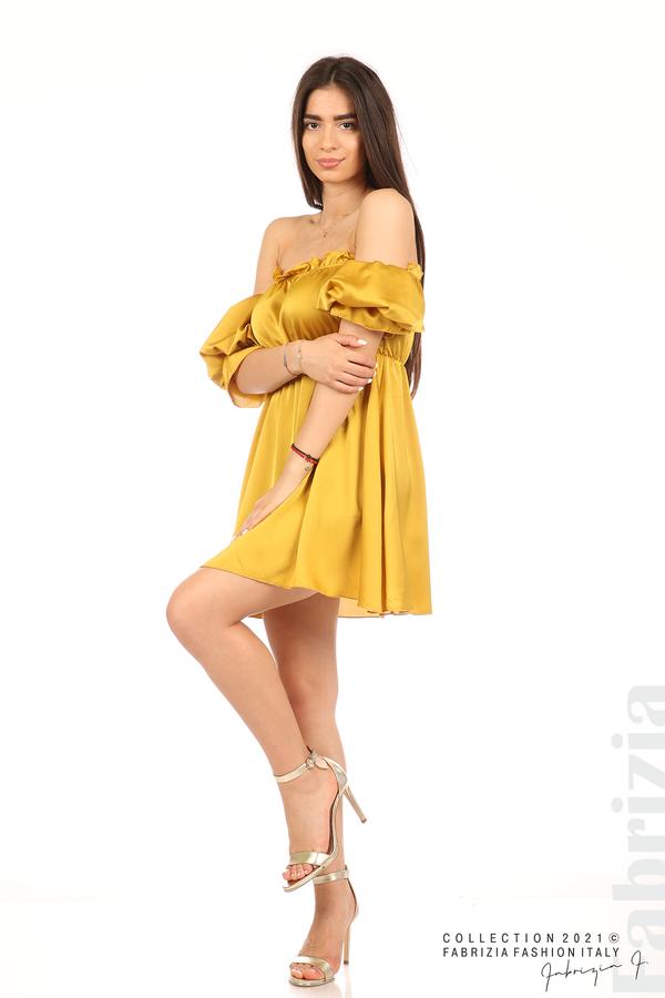 Едноцветна рокля паднали рамене горчица 3 fabrizia