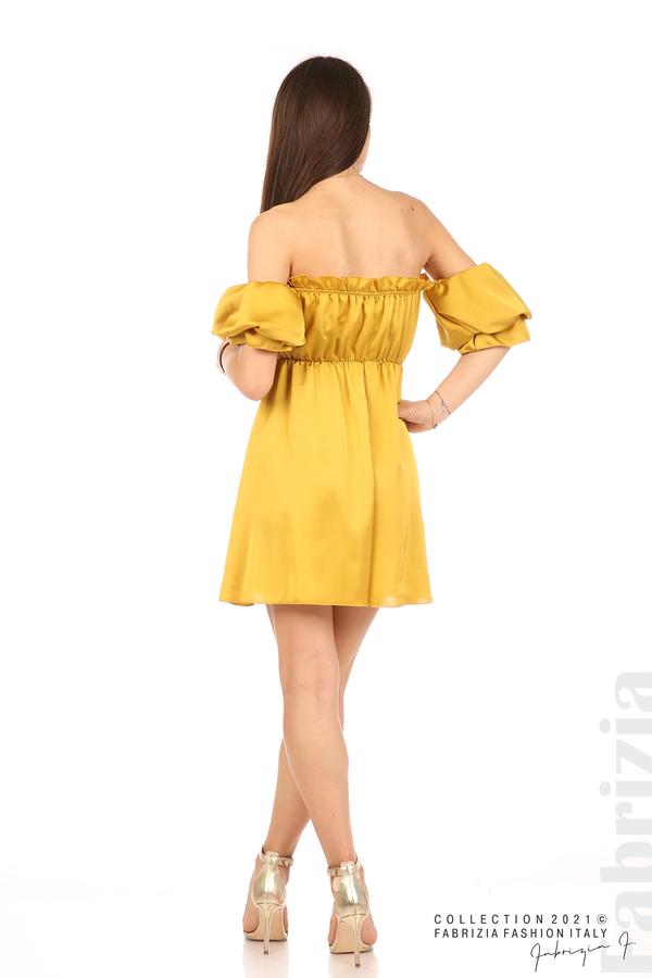 Едноцветна рокля паднали рамене горчица 6 fabrizia